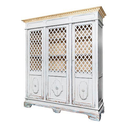 Шкаф (VT11273-01)Шкафы<br>ROOMERS – это особенная коллекция, воплощение всего самого лучшего, модного и новаторского в мире дизайнерской мебели, предметов декора и стильных аксессуаров.<br>Интерьерные решения от ROOMERS – всегда актуальны, более того, они - на острие моды. Коллекции ROOMERS тщательно отбираются и обновляются дважды в год специально для вас.<br>