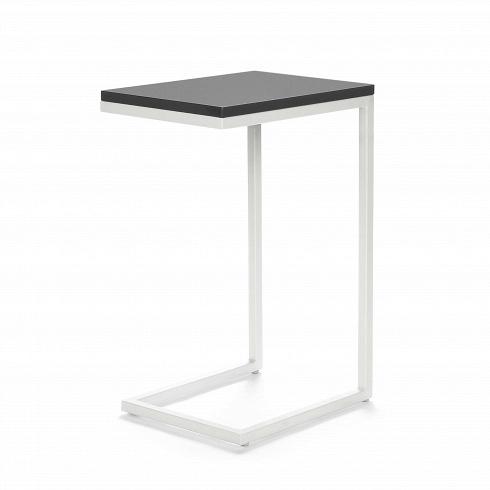 Кофейный стол OsakaКофейные столики<br>Кофейный стол Osaka — это уютный придиванный столик в современном стиле. Благодаря минималистичности дизайна, использовать его можно в различных по стилюгостиных комнатах — в стиле лофт, хай-тек илитехно.<br><br><br> Привычный облик кофейного стола навсегда изменился, дизайнеры заменили четыре ножки стола на одну сбалансированную конструкцию. Теперь благодаря этому столик можно придвинуть еще ближе к дивану и за просмотром ТВ не тянуться далеко, к примеру, за пультом или чашко...<br>