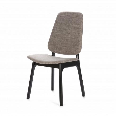 Стул SandyИнтерьерные<br>Обеденная мебель коллекции Sandy — это столы и стулья, объединенные одной стилистикой. Отличительной чертой их дизайна является грамотная комбинация резких и сглаженных углов. Именно поэтому вся мебель линейки выглядит так стильно и современно.<br> <br> Дизайн стула Sandy выполнен в современном стиле конструктивизма. Это направление в дизайне требует от интерьера быть простым и лаконичным. Любая единица мебели не должна быть пестрой и экстравагантной. Именно поэтому декор встречается редко,...<br>