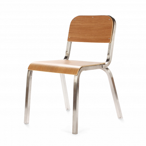 Стул StudentИнтерьерные<br>Собрат стула Torso стул Student — это вариация на тему классического ученического стула.От прочих моделей ученических стульев стул Student отличает хромированная конструкция с глянцевым эффектом. Сиденье же имеет классическое исполнение из натуральной древесины светлого дуба, шлифованной и обработанной защитным составом.<br> <br> Стул Student может также отлично дополнить не только интерьер учебной аудитории, но и любой рабочий. Офисы, классические рабочие кабинеты, студии — везде, гд...<br>
