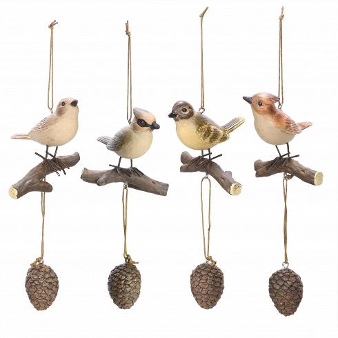 Декор Song-BirdsРазное<br>Декор Song-Birds — это миловидное украшение для интерьера от компании Cosmo, которая с радостью дарит новые и новые дизайнерские решения под любого, даже самого строго ценителя красоты в интерьере. <br><br> Данный вариант декора подойдет тем, кто во всем ценит первозданную красоту. Изделие представляет собой певчих птиц, усевшихся на веточках. Статуэтки выполнены столь реалистично, что от колыхания на ветруневольно покажется, что они оживают. Фигурки отлично подойдут для украшения гостиной ...<br>