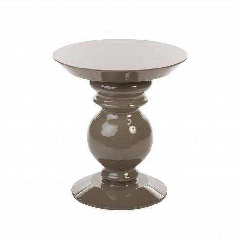 Кофейный стол Adone высота 52Кофейные столики<br>Плавный силуэт шахматной фигуры воплощен в дизайнекофейного столаAdone— ненавязчивый, но очень элегантный. Он выглядит современно, но в то же время он прекрасно дополнит и классический интерьер гостиной или спальной комнаты. Любой интерьер будет выглядеть богаче, окажись в нем этот столик.<br> <br> Дизайн кофейного столаAdone доступен в двух вариантах: с высотой в 45 и 52 см. Таким образом, вы можете подобрать для себя наиболее подходящий под высотувашейм...<br>
