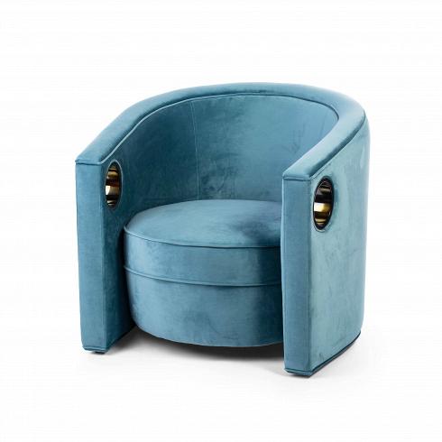Кресло ElenaИнтерьерные<br>Совершенно нетривиальное на вид кресло Elena подходит для утонченных современных интерьеров со сдержанной пастельной гаммой. Оно превосходно сочетается с однотоннойбежевой мебелью как из ткани, так и из бархата. Дизайнеры очень умело комбинируют плавные изгибы и прямые линии, благодаря этому изделие выглядит свежо и необычно.На подлокотники креслаочень удобно вешать плед, просовывая край через отверстие. На сиденье кресла имеется мягкая подушка, безусловно, делающая кресло е...<br>
