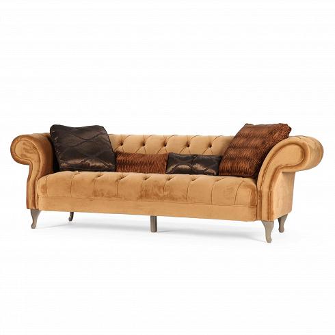 Диван VanniТрехместные<br>Дизайн дивана Vanni отражает новый взгляд на классику. Это в свою очередь часто является неотъемлемой особенностью мебели в итальянском стиле. Как и прочим европейцам, итальянцамсвойственна любовь к изящности и утонченности.О принадлежности к итальянскому стилю в диване говорят как формы, так и материалы. Плавные линии подлокотников, спинки и ножек, материал обивки— все в нем буквально шепчет о грации и роскоши.<br> <br> Обивка дивана изготовлена из бархата приятного песочного ц...<br>