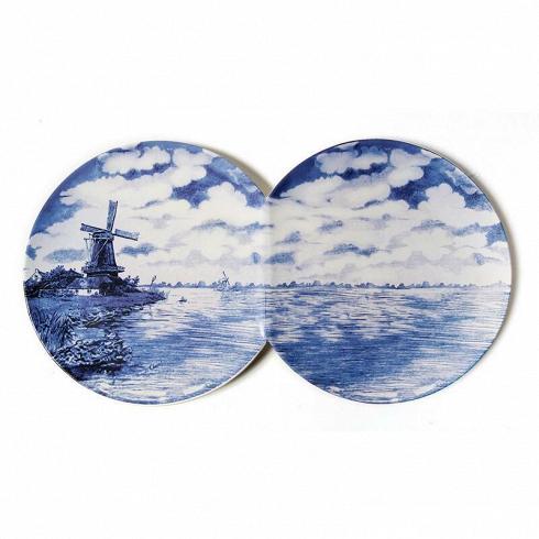 Блюдо Multidish-2Декоративная посуда<br>Блюдо Multidish-2 —эта тарелка скрасивой ручной росписью может стать необычным предметом сервировки, аможет быть подвешена настену для того, чтобы украсить интерьер. Синяя роспись набелоснежной керамике Multidish-2смотрится по-домашнему уютно ивтоже время празднично. <br><br><br>Рисунок, выполненный на блюде Multidish-2, детально продуман инаполнен художественным смыслом, как настоящее произведение искусства.<br>