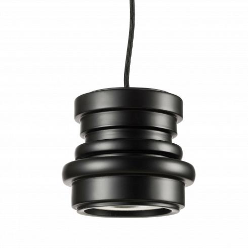Подвесной светильник Tool диаметр 16Подвесные<br>Дизайн светильниковDieselразработан дизайнерами одноименного бренда, название которого едва ли неизвестно кому-либо и тех, кто разбирается в современных трендах в области производства одежды и мебели. Впервые осветительное оборудование марки Diesel изколлекции Successful Living было представлено вМилане в2009 году. Сегодня светильники, выпускаемые под этим брендом, реализуются в80 странах мира, что определенноявляется внушающей доверие цифро...<br>