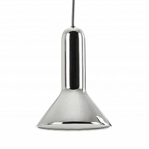 Подвесной светильник Torch ConeПодвесные<br>Своему названию Torch (в переводе с английского «факел») светильник обязан прежде всего своей форме, которая действительно напоминает перевернутый факел. Но на самом деле на его создание талантливого бельгийского дизайнера Сильвена Вилленза вдохновило совсем не это, а… фары автомобиля. Многое в конструкции заимствовано именно оттуда.<br><br><br> Универсальный цвет и блеск стали — то, что позволяет этому осветительному прибору вписаться в разнообразные интерьеры. Подвесной светильник Torch Cone...<br><br>DESIGNER: Sylvain Willenz
