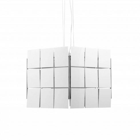 Подвесной светильник Cubrik 36 плитокПодвесные<br>Парящий в пространстве подвесной светильник Cubrik 36 плиток – это поистине космическое дизайнерское творение. Автор этого уникального светильника – Энтони Арола, один из самых именитых испанских дизайнеров, проекты которого стали украшением показов в Барселоне, Милане и Лондоне.<br><br><br>Выполненные из пластика плитки создают эффект объёма и многогранности форм. Белый цвет светильника Cubrik прекрасно гармонирует с любой цветовой концепцией интерьера. Благодаря простой и в то же время...<br><br>DESIGNER: Antoni Arola