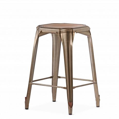 Барный стул Marais Vintage WoodПолубарные<br>Барный стул Marais Vintage Wood — олицетворение винтажного стиля, его грациозные линии создают ощущение легкости и невесомости. Несмотря на хрупкий вид, этот предмет мебели невероятно прочен и долговечен. Высококачественный металл, обработанный методом гальванизации, выдерживает самые агрессивные условия окружающей среды. Не случайно модель не утратила актуальности с начала ХХ века, именно тогда бургундский промышленник Ксавье Пошар придумал покрывать железные изделия расплавленным цинком ...<br><br>DESIGNER: Xavier Pauchard