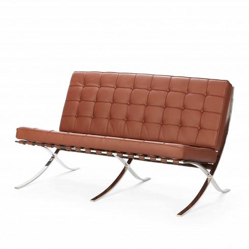 Диван Barcelona 2Двухместные<br>Дизайн дивана Barcelona 2 был результатом сотрудничества Лили Рейх и Людвига Миса ван дер Роэ. Как так могло получиться, что диван, созданный 80 лет назад, до сих пор остается для современной мебели культовым предметом? Давно забытое старое как обычно становится трендом. В 1960-е годы этот диван занял свое заслуженное и почетное место в кабинетах банков, крупных компаний по всему миру и стал иконой стиля. А теперь и вовсе занял место в лидирующих позициях по продажам среди европейских потр...<br><br>DESIGNER: Ludwig Mies van der Rohe