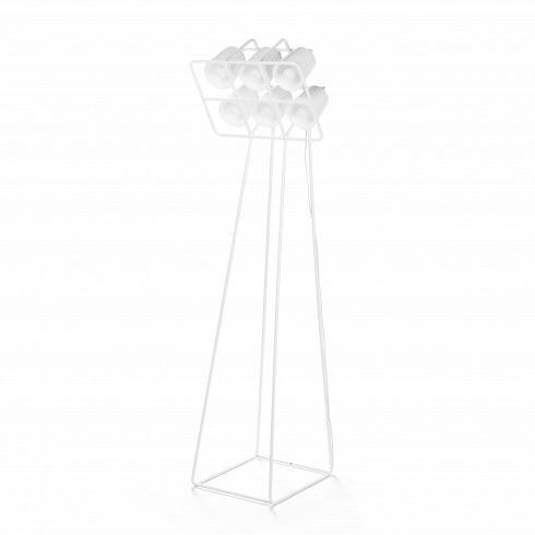 Напольный светильник Multilamp whiteНапольные<br>Напольный светильник Multilamp White— причудливая альтернатива классического напольного освещения. Дизайн светильника станет подходящим для преображения интерьера инструментом. Симметричный каркас светильника сочетается с любой мебелью и в то же время он приковывает к себе взгляды. Схема расположенияламп и абажуров напоминает стадионный прожектор, именно этим светильник настолько актуальный. Необычность и доля иронии как раз и делают продукцию дизайн-студии Seletti такой стильной ...<br>