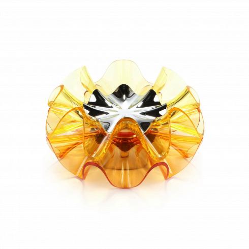 Настольный светильник FlamencaНастольные<br>Настольный светильник Flamenca — это вдохновение, полученное отсозерцания захватывающего дух движения вращения юбки танцовщицы фламенко. Легкое прикосновение кверхней пластине Flamenca рождает ощущение «танца» света. Нажатие иудержание пластины меняет освещение, делает паузу либо выключает светильник. Светильник имеет чудесную форму и различные варианты окраски, создающие вместе очаровательный эффект освещения.<br><br><br><br><br><br><br> Настольный светильник Flamenca украсит ...<br>