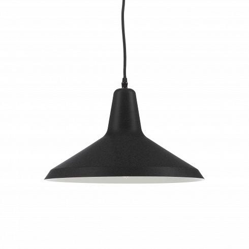 Подвесной светильник  Italian ConeПодвесные<br>Подвесной светильник Italian Cone — это идеальный выбор для тех, кто не хочет вычурности и чрезмерности. Italian Cone — воплощенный минимализм, простота и универсальный стиль. Этот светильник отлично подойдет для любого пространства, будь то барная стойка в модном ночном заведении, ваша гостиная или терраса в загородном доме. Небольшой черный светильник не будет привлекать к себе лишнего внимания, ведь его задача — давать свет, и только.<br><br><br> Подвесной светильник Italian Cone выполнен из ...<br>