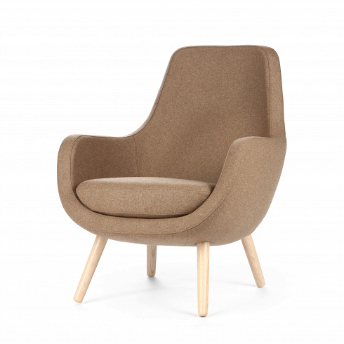 Кресло StefaniИнтерьерные<br>Нильс Гаммельгард — выдающийся датский дизайнер, сумевший найти свою нишу. Образованный и талантливый дизайнер вот уже 45 радует взыскательных любителей красивого интерьера. Как художнику ему удается создавать настоящие произведения искусства. Каждая его работа, предмет мебели, — это красивый и лаконичный дизайн,идеально подходящий для интерьера в скандинавском стиле.<br> <br> Один из его совершенных продуктов— кресло Stefani. Эта выполненная в нескольких оттенках модель прекрасно гар...<br>