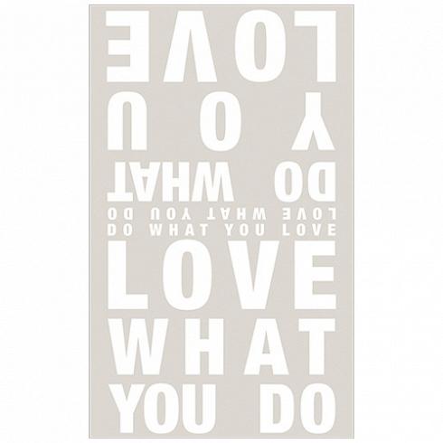 шарф LOVE YOU (10584)Разное<br>Артикул: 10584. Серый шарф из полиэстера LOVE YOU это мягкое, приятное на ощупь изделие, с удивительной текстурой. Он станет отличным украшением комнаты – достаточно заказать выбранное изделие и подобрать для него подходящее место – на стене, на кресле, вдоль дивана. Дизайн: Германия.<br>