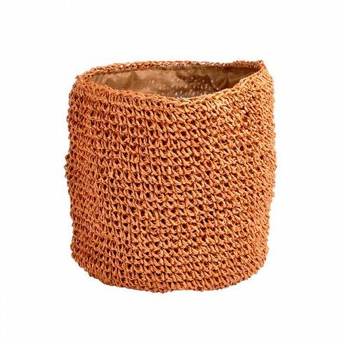вязанное кашпо CLOAK (AL558ROE)Кашпо<br>Артикул: AL558ROE. Живые цветы – создания капризные, нуждаются в заботе и человеческом тепле. Кашпо CLOAK рыжего оттенка, бережно сплетенное, понравится комнатным растениям и домочадцам. Купить этот привлекательный аксессуар стоит, чтобы подарить цветам новое душевное одеяние. Дизайн: Бельгия.<br>