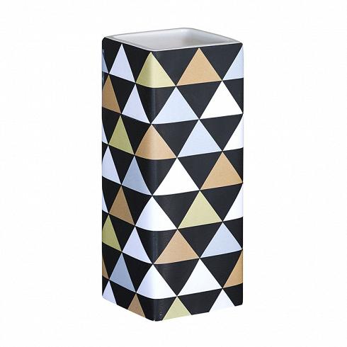 стаканчик PIRAMID (3672)Посуда<br>Артикул: 3672. Общее впечатление от помещения кроется в деталях. Стаканчик PIRAMID – достойное решение для ванной комнаты. Заказав его вместе с дизайнерским дозатором, вы создадите задорное настроение себе и близким. Дизайн: Cult Design, Швеция.<br>