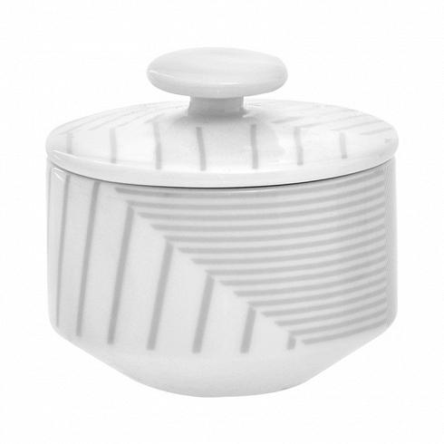 сахарница MALVERN (BAM38586)Посуда<br>Артикул: BAM38586. Роскошная и утонченная королева чаепития на изысканном чайном столике в окружении вкусностей – сахарница MALVERN, созданная в элегантном сером цвете, – расскажет о вкусе и гостеприимстве хозяев. В интернет-магазине есть возможность подобрать и заказать к сахарнице под стать фарфоровые чашки в аналогичном стиле. Дизайн: Salt&amp;Pepper, Австралия.<br>
