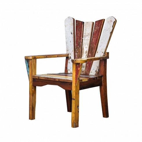 Кресло ЧеховИнтерьерные<br>Кресло Чехов выполнено из массива древесины старого рыбацкого судна, такой как тик, махагон, суар, с сохранением оригинальной многослойной окраски. Древесина обладает высокой износостойкостью, долговечностью и водоотталкивающими свойствами. Ее использовали индонезийские рыбаки для создания лодок, а мебель из нее подходит для использования как внутри помещения, так и снаружи. Покрыт натуральным шеллаком.<br><br><br> Кресло Чехов сделано из частей традиционной рыбацкой лодки типа джукунг (jukung),...<br>