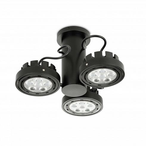 Потолочный светильник Spot Light 3Потолочные<br>Потолочный светильник Spot Light 3<br> добавляет уникальный архитектурный элемент ксовременным интерьерам. Каждый изсветильников обеспечивает яркий луч направленного света. Высота всего приспособления может регулироваться.<br><br><br><br>Хорошее освещение крайне важно для красивых интерьеров, консервативныйли взгляд нанего, или современный. Выможете быть уверены, что лучший выбор здесь— потолочный светильник Spot Light 3.<br>