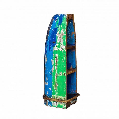 Стеллаж-лодка БэнксиСтеллажи<br>Стеллаж-лодка Бэнкси — это напольный стеллаж, выполненный из старой рыбацкой лодки изящной вытянутой формы с сохранением оригинальной многослойной окраски. Возраст лодки 15–20 лет. Предположительное место обитания — остров Ломбок (Южная Индонезия). Лодка изготовлена из массива дерева по традиционной народной технике дагаут (dugout), что означает «лодка, выдолбленная из ствола дерева».<br> <br> Стеллаж-лодка Бэнкси изготовлен из ценных твердых пород древесины (тик, махагон, суар), обладающих высок...<br>