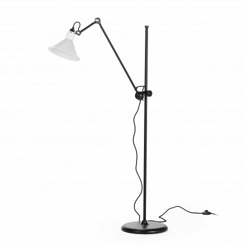 Напольный светильник Bernard-Albin Gras StyleНапольные<br>Напольный светильник Bernard-Albin Gras Style — самое известное творение из всей коллекции Gras, которую создал легендарный французский промышленный дизайнер XX века Бернар-Альбен Гра. Он был приверженцем эргономичности, простоты, прочности и функциональности в дизайне. Его работы навсегда вписали своего создателя в историю промышленного дизайна как человека, положившего начало «золотому веку французского дизайна». Все светильники коллекции Gras изначально создавались для использования на ...<br>