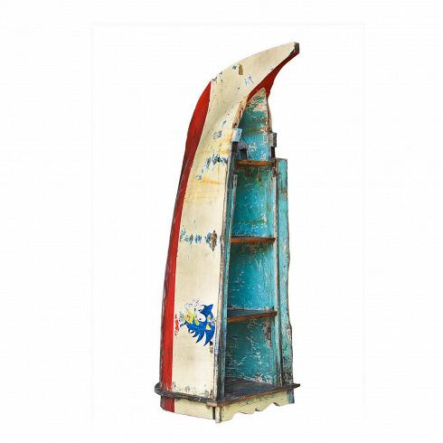 Стеллаж-лодка СоникСтеллажи<br>Стеллаж-лодка Соник — это напольный стеллаж-гигант, выполненный из старой рыбацкой лодки округлой формы (с элементами балийского фольклора) с сохранением оригинальной многослойной окраски. Особенность этой лодки — рисунок мультгероя Супер Соника, который рыбак изобразил на обоих бортах своей лодки. Возраст лодки 30–45 лет. Предположительное место обитания — остров Бали (Южная Индонезия). Лодка изготовлена из массива дерева по традиционной народной технике дагаут (dugout), что означает «лодка,...<br>