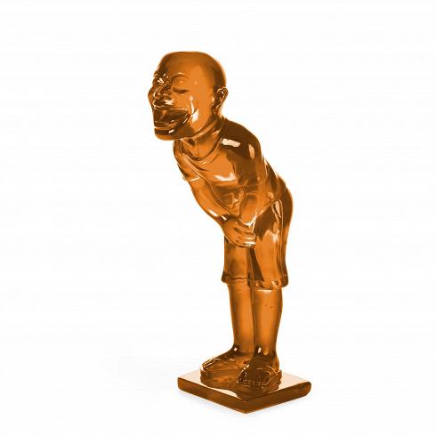 Статуэтка GrinНастольные<br>Эта настольная скульптура изображает забавного человечка, рот которого широко открыт в приступе хохота. Фигурка выполнена весьма натуралистично, вплоть до того, что можно рассмотреть форму сланцев, на ногах человека. Единственной фантасмагоричной деталью выглядят неестественно большая голова и рот, доходящий буквально до ушей. Существуют три вариации цветового исполнения статуэтки: зеленый, красный и бирюзовый.<br><br><br>Компания из немецкого Мюнхена прославилась своими в чем-то экстравагантн...<br>