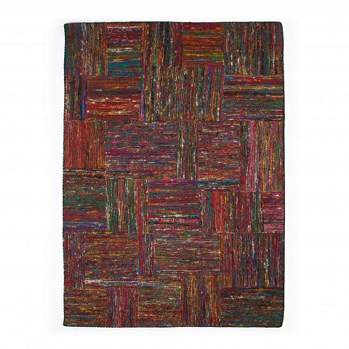 Ковер Silk LaneКовры<br>Любой понимающий в искусстве человек непременно согласится, что ковер Silk Lane имеет прямое сходство с полотнами выдающегося импрессиониста Винсента Ван Гога. Цветовая палитра и текстура ковра — прямая отсылка к его работам. Разноцветный ворс будто мазки кисти проступает сквозь бежевую основу.<br><br> Изделие между тем изготовлено из переработанного вторсырья, что выражает бережное отношение к экологии окружающей среды. Благодаря ручной технике изготовления, а также цветовой палитре ковер...<br>