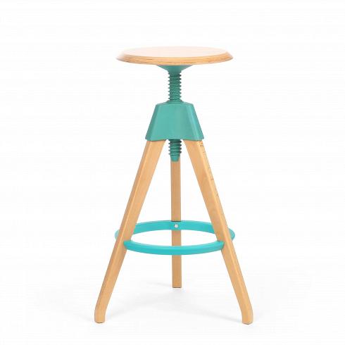 Барный стул JerryБарные<br>Игривый и легкий барный стул Jerry — это натуральное дерево в комплекте с прочным пластиком. Винтовой механизм, укрепленный под аккуратным сиденьем, позволяет регулировать высоту стула. Устойчивые ножки, выполненные из бука, гармонируют с колористическим решением конструктивных деталей.<br><br><br> Применение такой мебели довольно широко, начиная от скандинавского натурализма и заканчивая конструктивизмом и современным минимализмом. Лаконичность и функционализм предмета позволяют использовать ...<br><br>DESIGNER: Konstantin Grcic