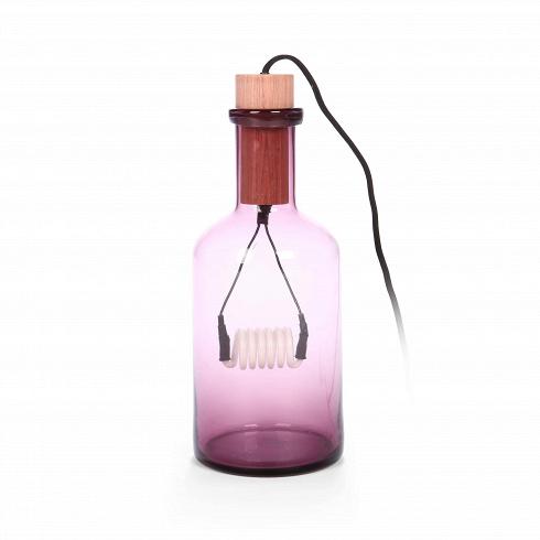 Настольный светильник BoucheНастольные<br>Оригинальный и яркий светильник в форме бутылки с пробкой — для любителей вещей с изюминкой. Его неоновая лампа дает мягкийсвет, который будет очень уместен вспальне. Эффект усиливает и цвет абажура— он рассеивает свет и окрашивает его в тон.<br><br><br> Настольный светильник Bouche вформе бутылки снатуральной пробкой создаст нежное, слегка окрашенное в цвет его стекла освещение. Светильник прекрасно подойдет для интерьеров в индустриальном стиле. Прово...<br>