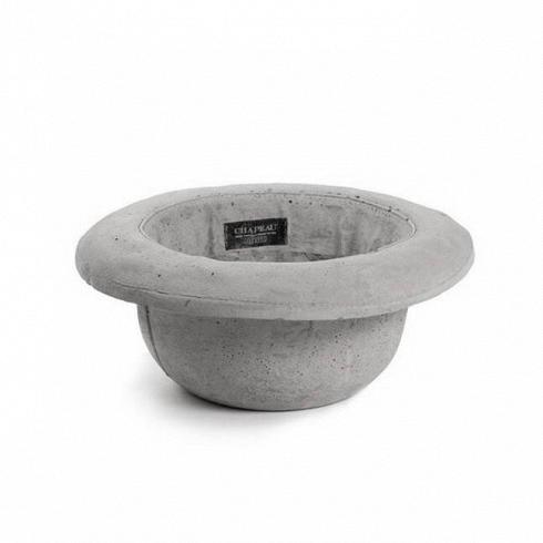 Кашпо Chapeau BombettaКашпо<br>Кашпо Chapeau Bombetta — это ваза изцемента, выполненная ввиде шляпы, которую можно использовать как вазу для цветов или живых растений или даже как ведро для льда. Разработанные дизайнером Маркантонио Раймонди Малерба для Seletti водонепроницаемые кашпо Chapeau Bombetta — это идеальный подарок для важных вам людей, что любят яркие и необычные вещи. <br><br> Модель выполнена в форме мужской шляпы — котелка. В XX столетии котелки изготавливали из войлока. Мастера создавали их на...<br>
