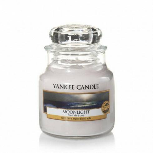 Свеча маленькая  в стеклянной банке Moonlight свечи yankee candle свеча маленькая в стеклянной банке сказочные летниe ночи dreamy summer night 104гр 25 45 часов