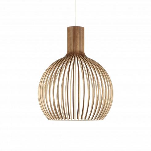 Подвесной светильник Octo 4240Подвесные<br>Подвесной светильник Octo 4240<br><br> Компания Secto Design является финским производителем дизайнерских светильников издерева, обретающих всемирную известность. Изготавливаемые вручную высококвалифицированными специалистами изнатуральной древесины березы, они наделены простотой ичеткостью скандинавского стиля. Торшеры, подвесные светильники инастенные бра, атакже настольные лампы обеспечивают мягкое свечение ипридают атмосферность любому помещению.<br><br><br> Под...<br><br>DESIGNER: Seppo Koho