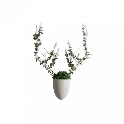 Настенная ваза с каркасом для плетения Menagerie Deer Kenneth Cobonpue