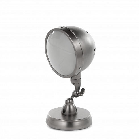 Настольный светильник ScalableНастольные<br>Оригинальное и неповторимое произведение дизайнерской фантазии, выполненное в современном стиле лофт, — вот что представляет собой настольный светильник Scalable. Необычное решение, напоминающее деталь какого-то причудливого механизма, светильник Scalable придаст любому помещению фантастический характер.<br><br><br> Настольный светильник Scalable изготовлен из прочной стали черно-серого цвета. Оригинальная, похожая на конструкцию прожекторов лампа крепится на не менее оригинальной ножке. Неверо...<br>