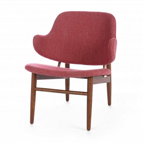 Кресло Kofod тканьИнтерьерные<br>Сегодня, на волне моды на скандинавский дизайн с его простотой и утилитарностью, сложно представить себе более яркого его представителя, чем Иб Кофод-Ларсен. Этот датчанин особое внимание уделял эргономическим качествам мебели, не забывая при этом про визуальный аспект. Именно поэтому его мебели свойственны плавные формы, интересные переходы линий и, конечно, комфорт.<br><br><br> Популярное кресло Kofod — отличное тому подтверждение. Спинка этого кресла мягко перетекает в ручки, которые словно...<br><br>DESIGNER: Ib Kofod Larsen