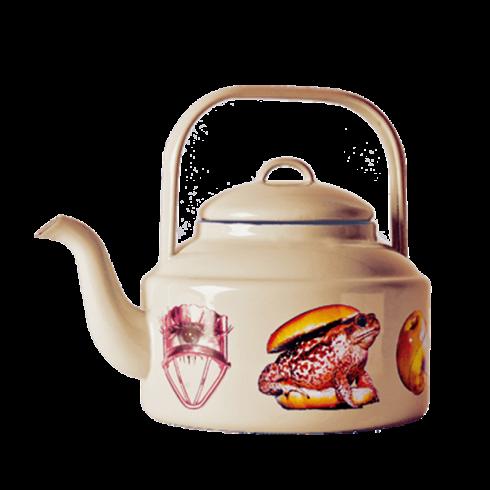 Чайник ToadПосуда<br>Чайник Toad из коллекции Toiletpaper от компании Seletti — это как раз то, что и следовало ожидать от этой дизайн-студии. Знаменитые на весь мир Seletti не раз прогремели своими коллекциями посуды и мебели провокационного содержания. Но за это их все и любят. <br> <br> Кухонная утварьToiletpaper названа в честь одноименного журнала, основанного в 2010 году художником Маурицио Кателланом и фотографом Пьерпауло Феррари. За время существования издания огромное количество изображений из журнала...<br>