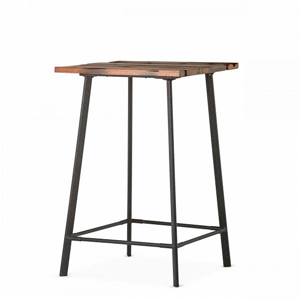 Барный стол ScorchБарные<br>Дизайнерский высокий квадратный стол Scorch (Скорч) на четырех ножках от Cosmo (Космо).<br><br>Барный стол ScorchВобладает дизайном, который невероятно стильно смотрится в домашних интерьерах в стиле лофт, а также в кафе и барах. Необычная форма и стиль изделия делают его по-настоящему запоминающимся элементом декора. Создавая дизайн стола, автор вдохновлялся атмосферой старых фабрик и заводов, именно поэтому стол стал ярким образцомВиндустриальногоВстиля.В<br><br> Свое названи...<br><br>stock: 4<br>Высота: 106<br>Ширина: 70<br>Длина: 70<br>Цвет ножек: Черный<br>Цвет столешницы: Коричневый<br>Материал столешницы: Массив состаренного дерева<br>Тип материала столешницы: Дерево<br>Тип материала ножек: Сталь