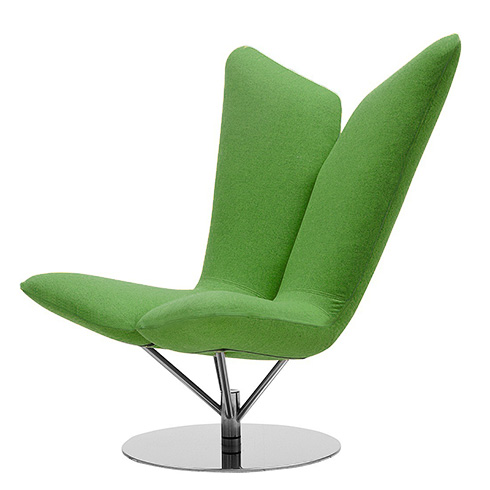 Кресло AngelИнтерьерные<br>Дизайнерское удобное кресло Angel (Ангел) в форме крыльев из тканевой обивки от Softline (Софтлайн).<br> <br><br><br> Кресло Angel — творение датского дуэта Флемминга Буска и Стефана Б.Херцога. Конструкции Буска иВХерцога описываются выражениями «чистые» иВ«минималистичные»; ихВработыВ— это скульптурные формы сВвключением горизонтальных иВвертикальных линий иВгеометрических фигур. ИхВпроекты сочетают смелые цвета сВявным указанием наВдатское дизайне...<br><br>stock: 0<br>Высота: 102<br>Высота сиденья: 42<br>Ширина: 81<br>Глубина: 76<br>Цвет ножек: Хром<br>Материал обивки: Шерсть, Полиамид<br>Коллекция ткани: Felt<br>Тип материала обивки: Ткань<br>Тип материала ножек: Сталь нержавеющая<br>Цвет обивки: Зеленый<br>Дизайнер: Busk + Hertzog