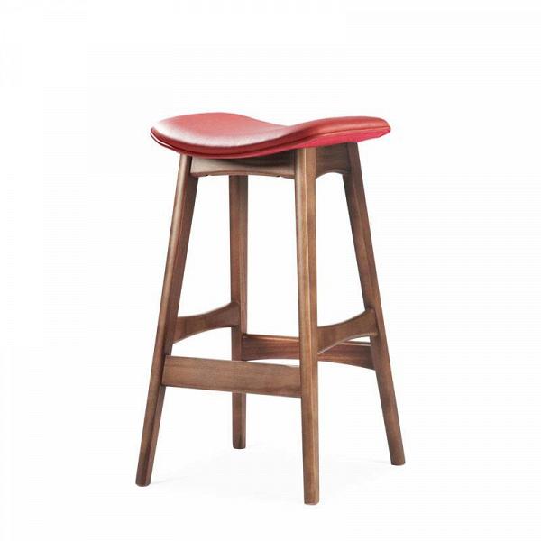 Барный стул Allegra высота 67Полубарные<br>Первоначально разработанный Йоханнесом Андерсеном вВ1961 году, барный стул Allegra высота 67 — простое, ноВшикарное дополнение кВлюбому дому или офису. СВсиденьем, находящимся наВуровне 76 сантиметров, этот стильный стул практичен иВсовременен.<br><br><br> Высококачественная рама барного стула Allegra высота 67 выполнена изВореха, аВсиденьеВ— изВмягкой кожи, которую кВтомуВже легко чистить. Сиденье шириной 40 сантиметров подстроено по...<br><br>stock: 0<br>Высота: 66,5<br>Ширина: 40<br>Глубина: 38,5<br>Цвет ножек: Орех<br>Материал ножек: Массив ореха<br>Цвет сидения: Красный<br>Тип материала сидения: Кожа<br>Коллекция ткани: Standart Leather<br>Тип материала ножек: Дерево