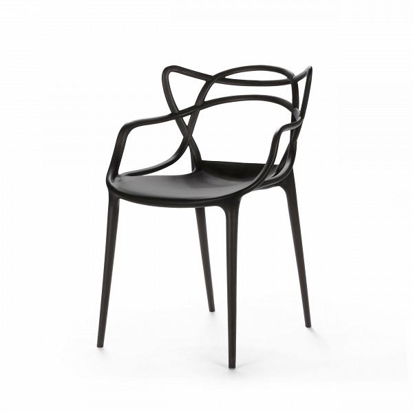 Стул MastersИнтерьерные<br>Этот изящный стул придумал гуру современного дизайна Филипп Старк. «Мы родились не сегодня. И до нас были мастера», — рассуждал Старк. И по его задумке хитросплетения этого стула должны ассоциироваться с росчерками трех великих мастеров и тремя же великими произведениями. Соединив их вместе, в одном ярком предмете мебели, неутомимый фантазер Старк создал «новый продукт, новый проект — как отражение нашего нового общества», по собственному выражению дизайнера.<br><br><br> Модель изготовлена из ...<br><br>stock: 12<br>Высота: 83<br>Высота сиденья: 46<br>Ширина: 55<br>Глубина: 54.5<br>Тип материала каркаса: Полипропилен<br>Цвет каркаса: Черный<br>Дизайнер: Philippe Starck