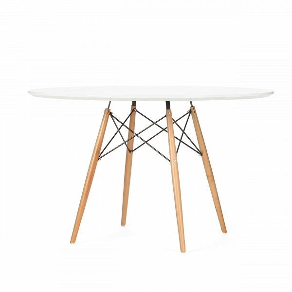 Обеденный стол Eiffel диаметр 120Обеденные<br>Дизайнерская легкий круглый ламинированный обеденный стол Eiffel (Ефель) диаметр 120 на тонких деревянных ножках от Cosmo (Космо).<br> Если вы ищете стол, за которым можно обедать, работать и играть как в помещении, так и снаружи, то приглядитесь к обеденному столу Eiffel диаметр 120.ВВневременной дизайн, разработанный еще сорок лет назад, успел стать любимцем миллионов потребителей по всему миру.<br> <br> Благодаря различному оригинальному цветовому исполнению стол может вписаться в любой сов...<br><br>stock: 10<br>Высота: 74,5<br>Диаметр: 120<br>Цвет ножек: Светло-коричневый<br>Цвет столешницы: Белый<br>Материал столешницы: Ламинированный МДФ<br>Тип материала столешницы: МДФ<br>Тип материала ножек: Дерево