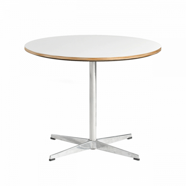 Кофейный стол SwanКофейные столики<br>Кофейный столик — это один из важнейших предметов мебели, необходимый в каждом доме. Благодаря таким столикам можно не только существенно улучшить и обогатить интерьер всего помещения, но и обеспечить себя определенным комфортом.<br><br><br> Кофейный стол Swan, который разработал Арне Якобсен, один изВнаиболее влиятельных дизайнеров иВархитекторов XXВвека, обладает необычайно простым, но в то же время утонченным и легким дизайном. Приятная круглая столешница, покрытая меламином, ...<br><br>stock: 0<br>Высота: 47<br>Диаметр: 75<br>Цвет ножек: Хром<br>Цвет столешницы: Белый<br>Тип материала столешницы: Пластик<br>Тип материала ножек: Сталь нержавеющая<br>Дизайнер: Arne Jacobsen