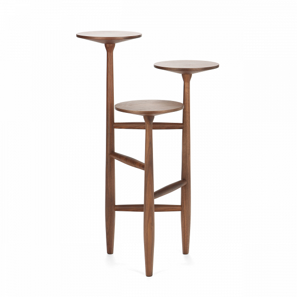Кофейный стол Tripod высота 75Кофейные столики<br>Дизайнерский кофейный стол Tripod (Трайпод) с высотой 75 см и с тремя столешницами от Cosmo (Космо).<br>Данная модель принадлежит линейке кофейных столов Tripod от именитого американского дизайнера Шона Дикса. Дизайн кофейного стола не только забавный, но и невероятно стильный. Это уже успели понять огромное количество клиентов Шона по всему миру. Среди его заказчиков именитыеВYUM! Brands, Moschino, Bluebell, Harrods, Bosco diВCiliegi, Design Within Reach, Edimass, Fiorucci, Byblos, A...<br><br>stock: 0<br>Высота: 75,3<br>Ширина: 47<br>Диаметр: 43,7<br>Цвет ножек: Орех американский<br>Цвет столешницы: Орех американский<br>Материал ножек: Массив ореха<br>Материал столешницы: Фанера, шпон ореха<br>Тип материала столешницы: Фанера<br>Тип материала ножек: Дерево<br>Дизайнер: Sean Dix
