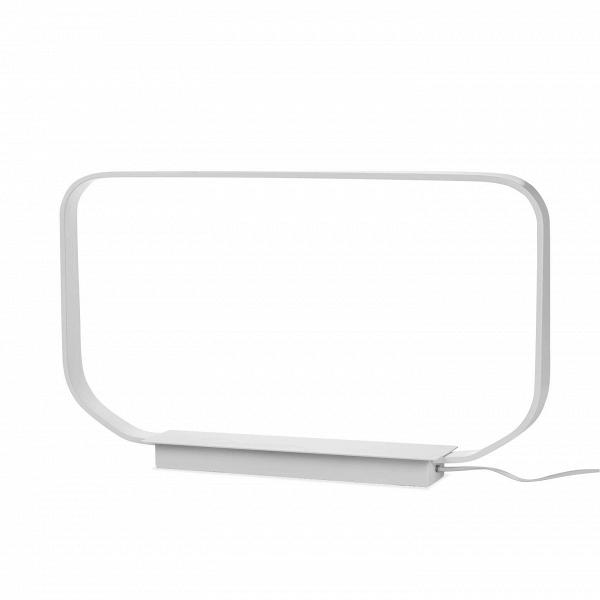 Настольный светильник Minimal BaseНастольные<br>Дизайнерский белый настольный светильник Minimal Base (Минимал Бэйс) в стиле минимализма от Cosmo (Космо).<br><br> Настольный светильник Minimal Base воплощает в себе суть минималистичного дизайна. И название прямо говорит об этом: простота формы и цвета — ничего лишнего.<br><br><br> В оригинальном светильнике используется светодиодный тип освещения — один из самых экологически чистых и безопасных источников света. Стильная технологичная лампа отлично впишется в интерьер в стиле хай-тек. Белый свети...<br><br>stock: 2<br>Высота: 39<br>Ширина: 10<br>Длина: 65<br>Материал абажура: Алюминий<br>Мощность лампы: 8,2<br>Ламп в комплекте: Нет<br>Напряжение: 220<br>Тип лампы/цоколь: LED<br>Цвет абажура: Белый