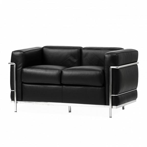 Диван LC2Двухместные<br>Дизайнерский черный кожаный двухмустный диван LC2 (ЛС2) прямоугольной формы на металлических ножках от Cosmo (Космо).<br><br><br> Сведенная воедино единственно возможная комбинация цвета, формы иВматериаловВ— это тот краеугольный камень, наВкотором стоит диван LC2, разработанный ЛеВКорбюзье, Пьером Жаннере иВШарлоттой Перрьен.<br><br><br> Миссия оригинального дивана LC2 состоит вВтом, чтобы высветить собой оригинальные особенности работ сторонников современного рационали...<br><br>stock: 0<br>Высота: 70<br>Глубина: 70<br>Длина: 130<br>Тип материала каркаса: Сталь нержавеющя<br>Коллекция ткани: Deluxe<br>Тип материала обивки: Кожа<br>Цвет обивки: Черный<br>Цвет каркаса: Хром<br>Дизайнер: 265<br>Дизайнер: 6735