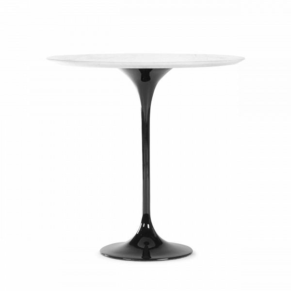 Кофейный стол Tulip с мраморной столешницей высота 52Кофейные столики<br>Дизайнерский кофейный круглый стол Tulip (Тулип) высота 52 с мраморной столешницей на одной ножке от Cosmo (Космо).<br><br><br> УВкаждого знаменитого дизайнера прошлого столетия есть своя «формула вечного дизайна», аВзначит, есть иВпроизведения дизайнерского искусства, которые уже много лет неВвыходят изВмоды, неВтеряют своей актуальности иВвостребованы поВсей день. Оригинальный стол Tulip как раз был разработан при помощи такой формулы, которую вывел Ээро...<br><br>stock: 0<br>Высота: 52,5<br>Диаметр: 52<br>Цвет ножек: Черный глянец<br>Цвет столешницы: Белый<br>Материал столешницы: Мрамор китайский<br>Тип материала столешницы: Мрамор<br>Тип материала ножек: Алюминий<br>Дизайнер: Eero Saarinen