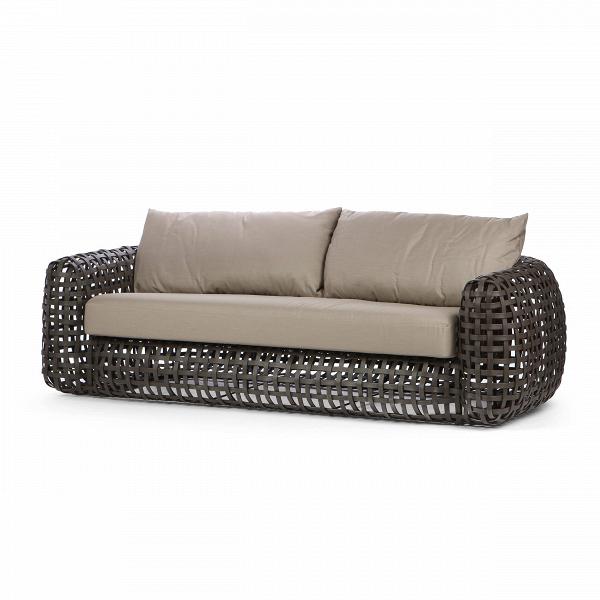 Диван MatildaУличная мебель<br>Филиппинский дизайнер Кеннет КобонпуВ— непревзойденный мастер сочетания натуральных природных материалов сВсовременными технологиями. Форма уличногоВдивана MatildaВкак будто копирует внешний облик классической дорогой мебели для гостиной. Переработанный полиэтилен, материал, из которого изготовлен диван, копирует ротанговую пальму и передает теплоту иВприятную мягкую текстуру плетеной мебели. Плавные четкие линии иВспокойный силуэт подчеркивают композиционную зав...<br><br>stock: 0<br>Высота: 63<br>Глубина: 100<br>Длина: 230<br>Тип материала каркаса: Сталь нержавеющя<br>Тип материала обивки: Ткань<br>Цвет обивки: Серый<br>Цвет каркаса: Коричневый<br>Дизайнер: Kenneth Cobonpue