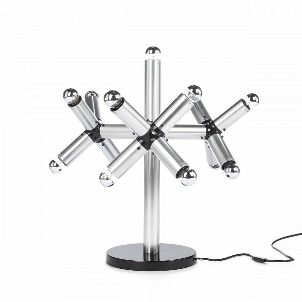Настольный светильник ModulusНастольные<br>Дизайнерский высокий настольный светильник Modulus (Модулюс) из алюминия от Cosmo (Космо).<br><br> Настольный светильник Modulus — это комбинация старых и новых элементов, которая гармонирует с ультрамодными тенденциями: хромированная поверхность, стеклянные перегородки, современная техника. Данная модель чем-то похожа на строение молекулы, наводя на мысль о научном прогрессе и совершенстве строгих форм. Математическая строгость геометрии, акцент на фактуре и форме, яркая форма светового излуче...<br><br>stock: 1<br>Высота: 68<br>Диаметр: 70<br>Количество ламп: 1<br>Материал арматуры: Алюминий<br>Мощность лампы: 25<br>Ламп в комплекте: Нет<br>Напряжение: 220<br>Тип лампы/цоколь: E27<br>Цвет арматуры: Серебро